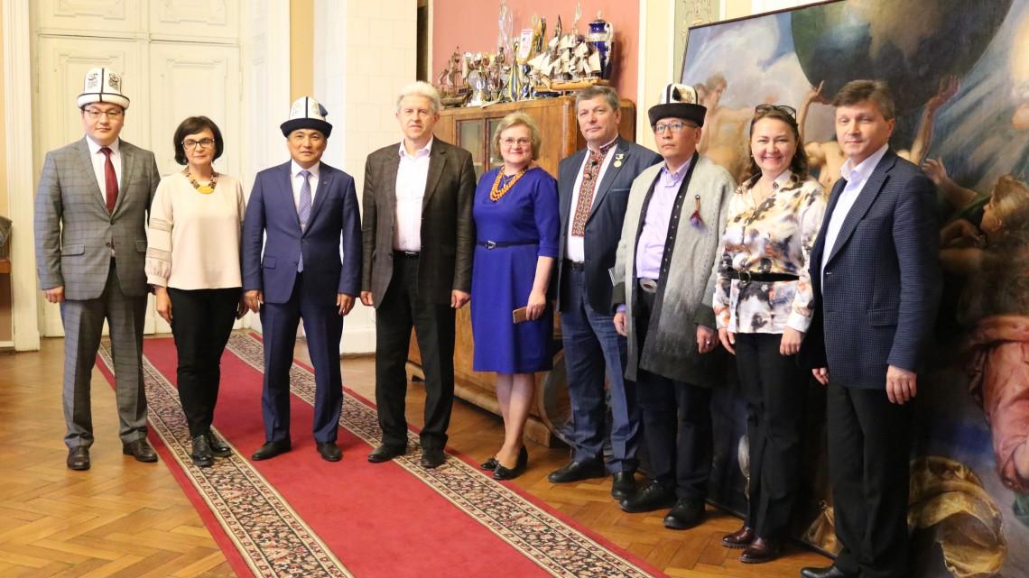 Зустріч у кабінеті проректора Володимира Павлиша
