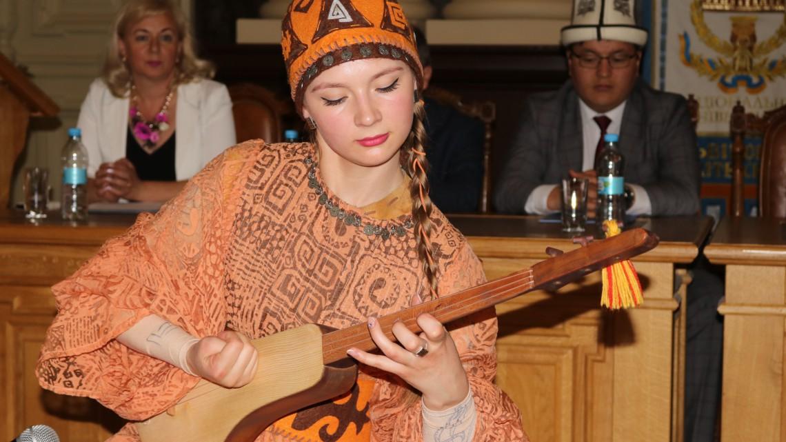 Марія Наумова
