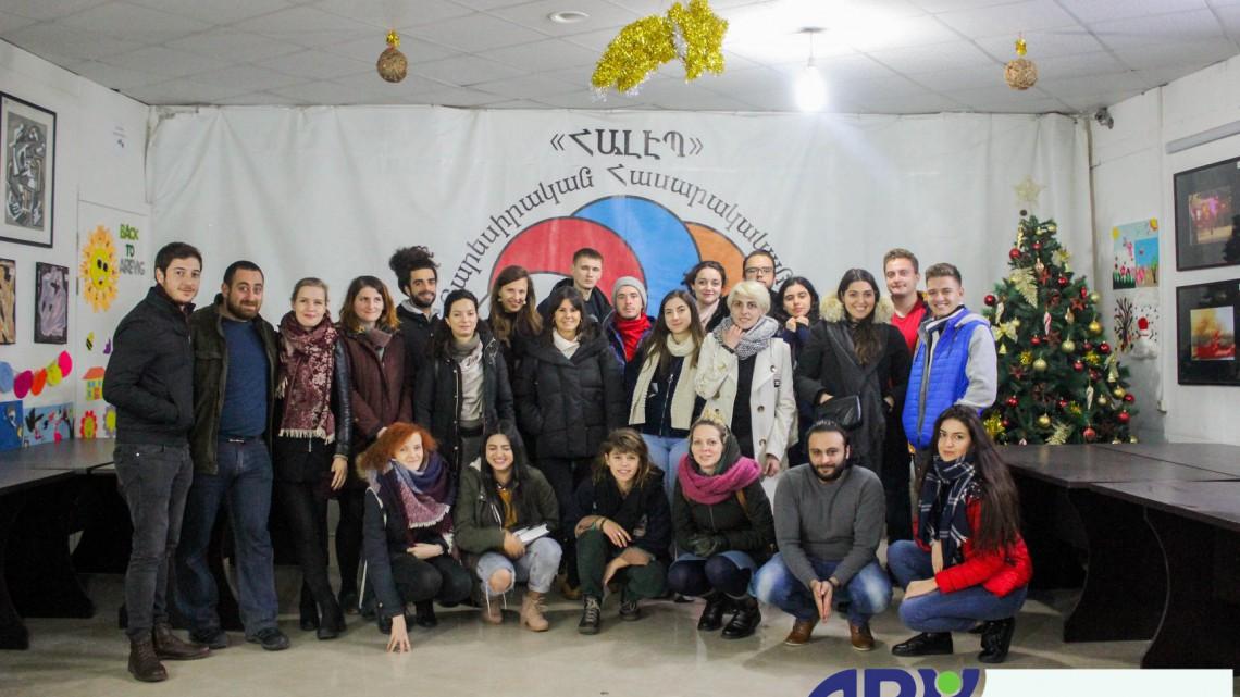 учасники тренінг-курсу в NGO Aleppo