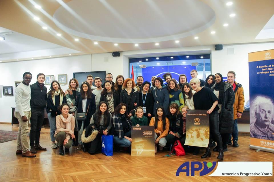 групове фото у Вірменському офісі UNHCR