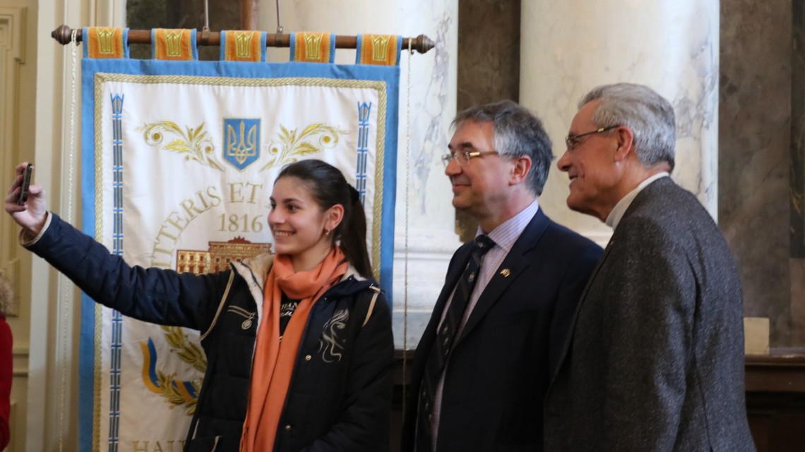 Селфі з Послом Канади та ректором Львівської політехніки