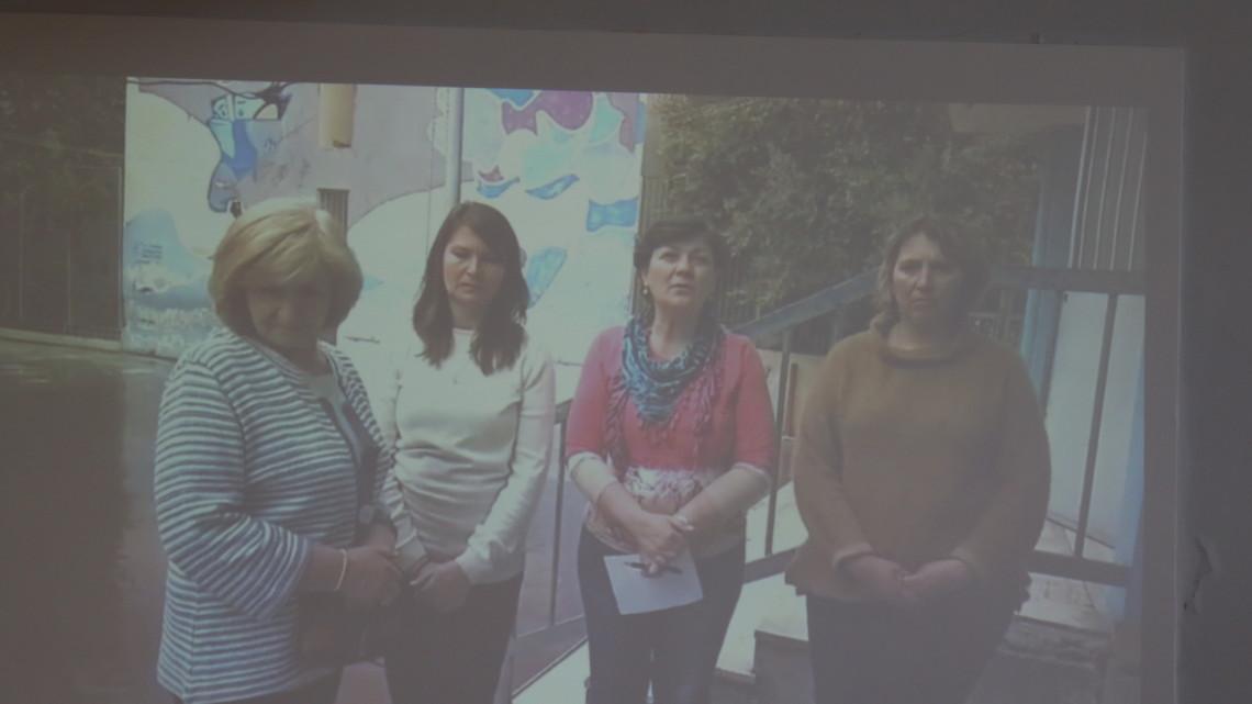 вчителі Української недільної школи при товаристві «Українсько-грецька думка» (Афіни, Греція)