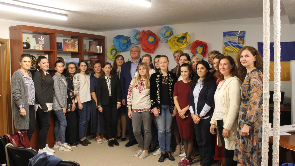 всі учасники Семінару-тренінгу викладачів української мови у Туреччині