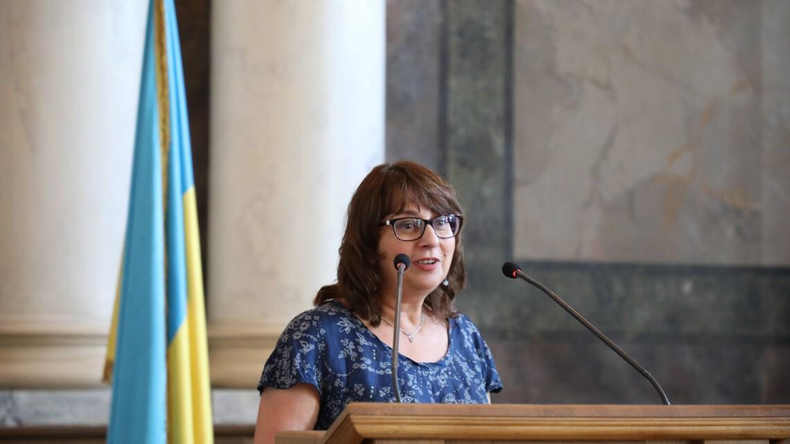 Звенислава Мамчур-Калинець